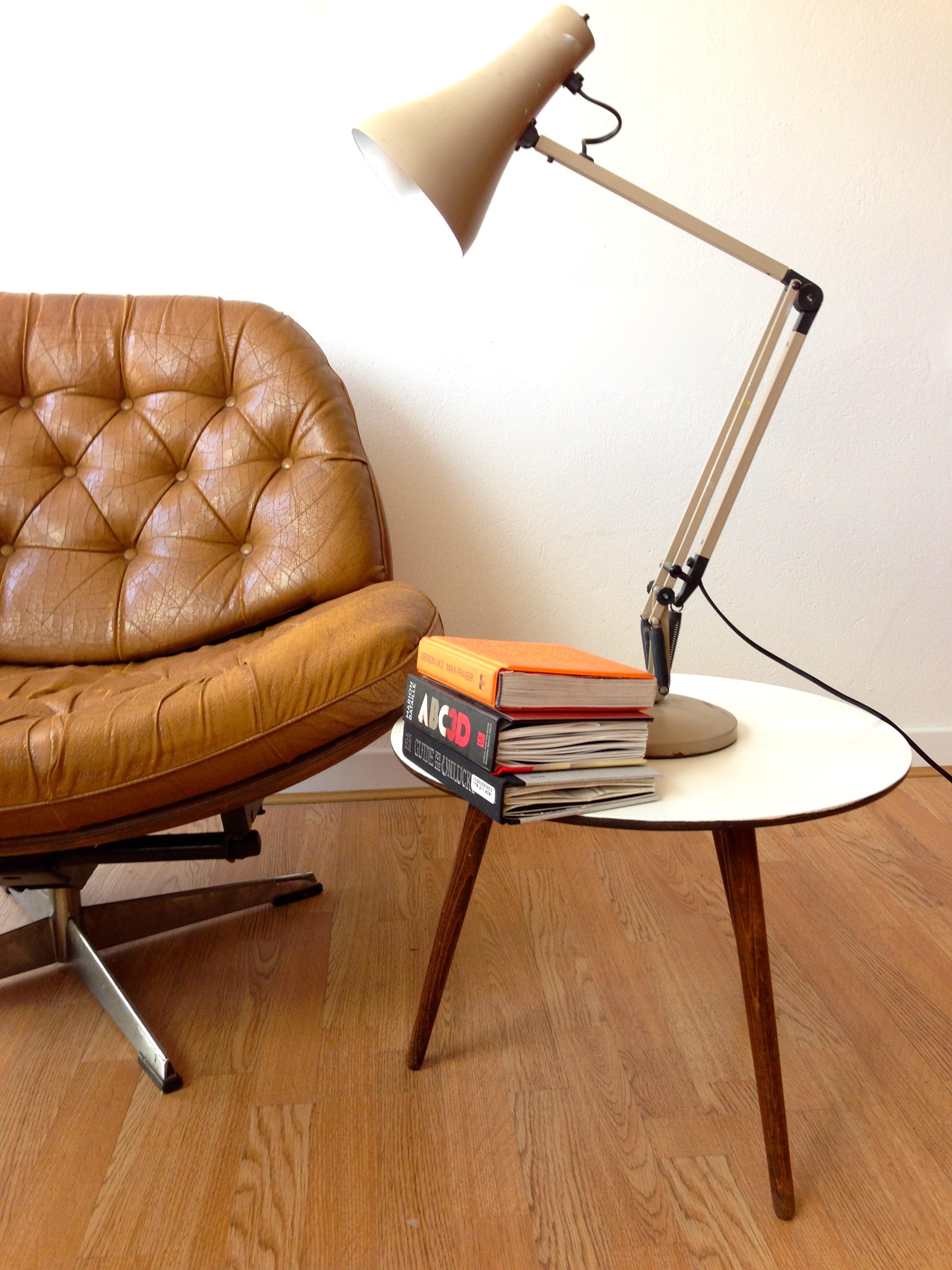 retro-chair-detail-jpg