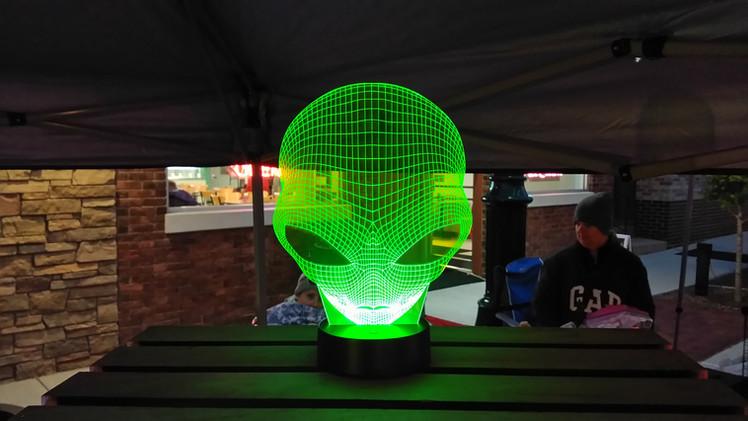 Alien Head Edge Lit Acrylic