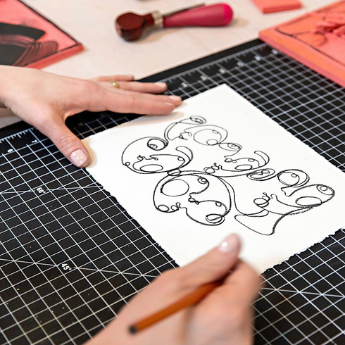 Continuous Line Drawing with Miriam Tribe