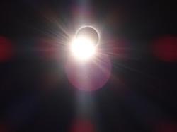 Eclipse Rays of Light