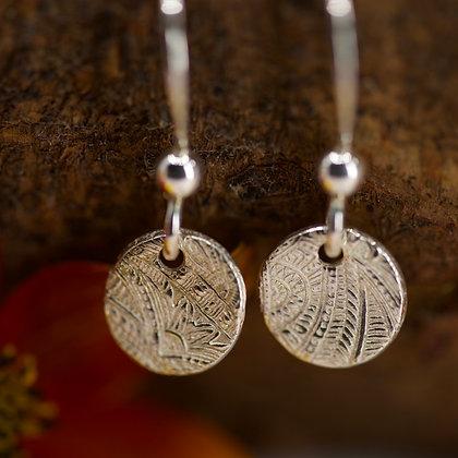 Small fine silver discs earrings