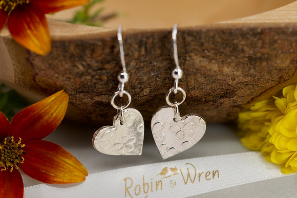 Silver earrings: Hearts and daisies