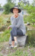headshot_v01.jpg