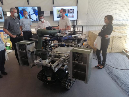Deftech Days : D-LOG One adaptation on a UGV presented