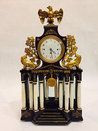 Zegar konsolowy