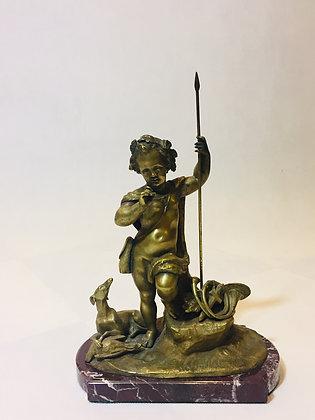 Rzeźba postać dziecka jako myśliwego