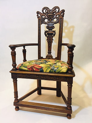 Fotel neorenesansowy