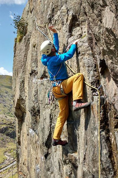 Half Day Single Pitch Rock Climbing - Snowdonia North Wales