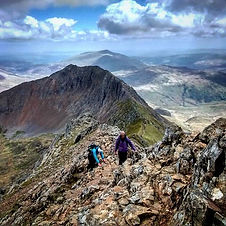 Scrambling in #Snowdonia traversing the