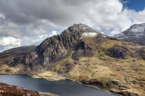 Tryfan North Ridge - Cwm Idwal Snowdonia North Wales