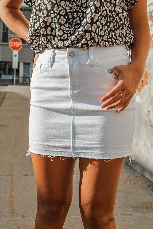 White Denim Skirt With Raw Hem KanCan