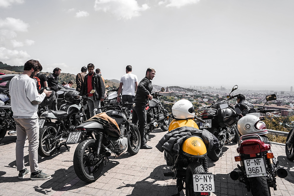 Rides to discover the best views of barcelona and secret spots with your rental moto caferacer