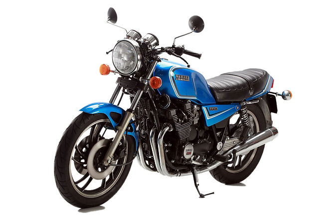 yamaha xj650 rental motorbike barcelona