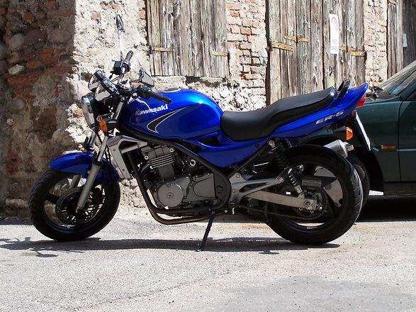 Kawasaki%20ER%205%20Motorcycle%20Rental%20Barcelona%20Ibiza_edited.jpg
