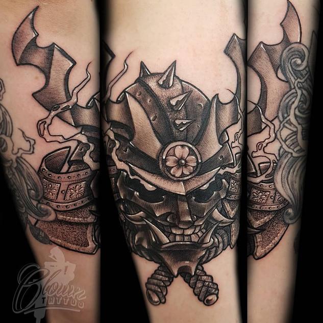 samurai joker helmet.jpg