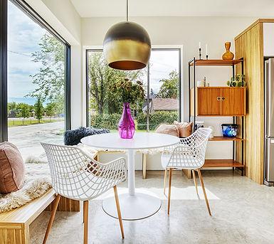 1601 Living corner window.JPG