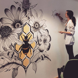 Beehive mural at the Motif Offices in London
