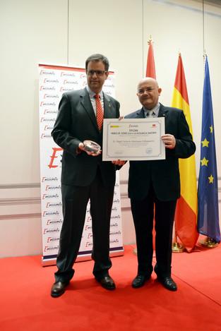 Ángel Huélamo, premio a la Excelencia Sanitaria 2019