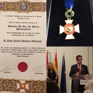 Nuestro Director, Ángel Huélamo medalla de oro al merito humanitario
