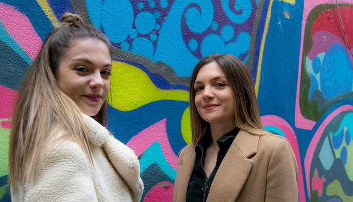 portrait-duo-soeurs-street-shooting
