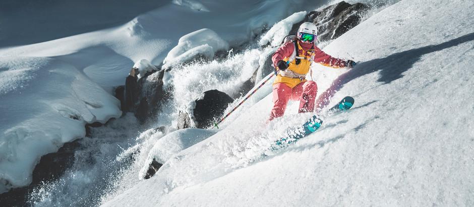 Skifahren am Wasserfall