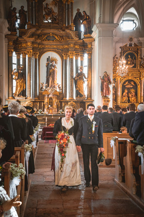 518 Verena und Markus KLEIN - Kirche.jpg