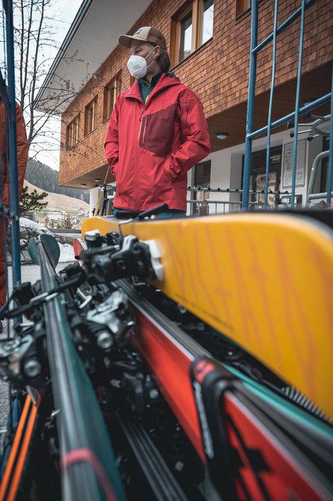 4 Skitest Hintertux 2021 DAY 1 Low RES.j