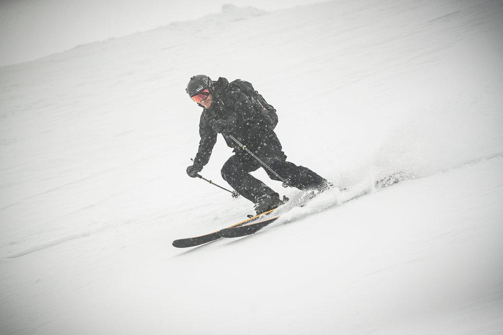 14 Skitest Hintertux 2021 DAY 1 Low RES.