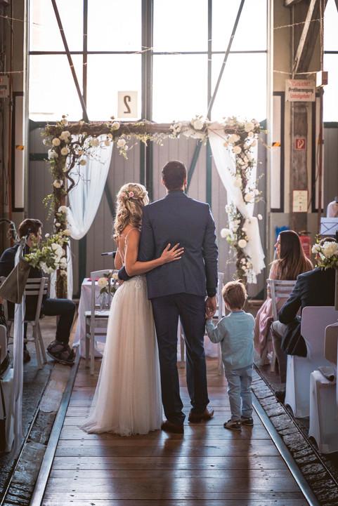 27 Hochzeit Sabrina und Valentin WEB.jpg