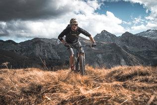 41 Low Res -  Rider Andi Valentin, Pic K