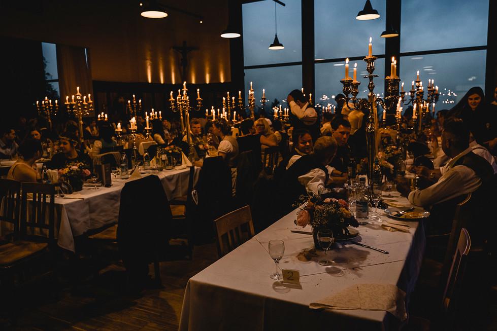 730 Hochzeit Lisa und Sepp  -  Essen.jpg