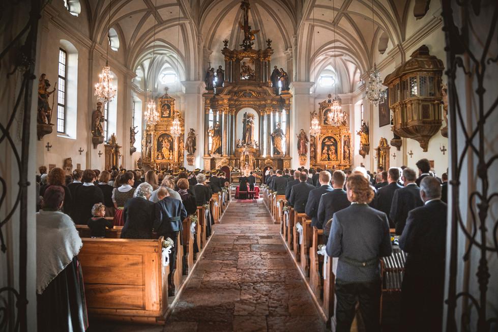 506 Verena und Markus KLEIN - Kirche.jpg