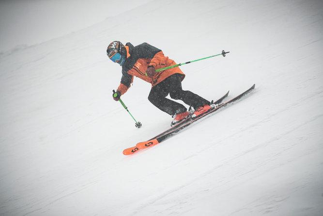 13 Skitest Hintertux 2021 DAY 1 Low RES.