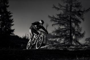 29 Low Res -  Rider Andi Valentin, Pic K