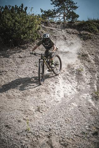 17 Low Res -  Rider Andi Valentin, Pic K