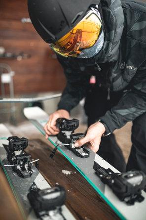 20 Skitest Hintertux 2021 DAY 1 Low RES.