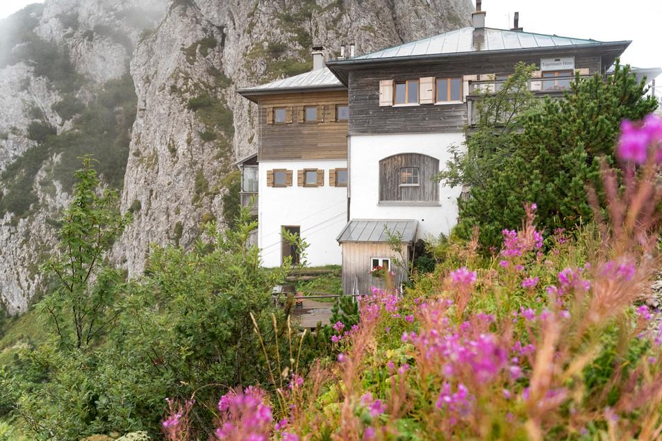 210 WEB - DAV Tegernseer Hütte -  Hütte.