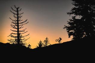 28 Low Res -  Rider Andi Valentin, Pic K