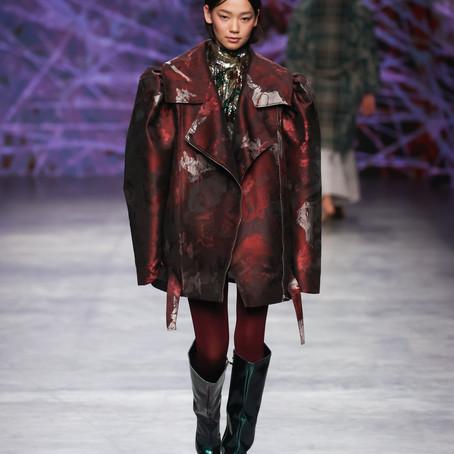 SASHA GAPANOVICH на Mercedes-Benz Fashion Week Russia