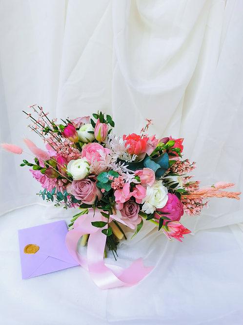 Buchet roz - flori mix