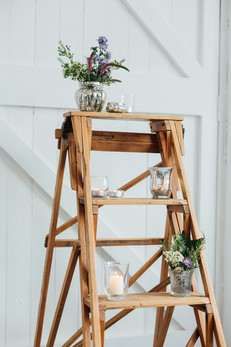 RUSTIC ANTIQUE LADDER
