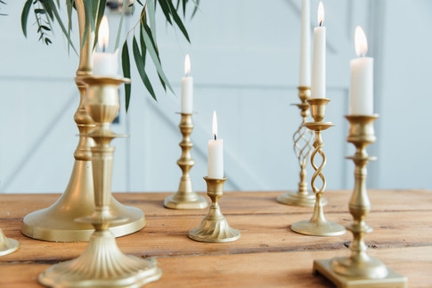 GOLD CANDLESTICKS