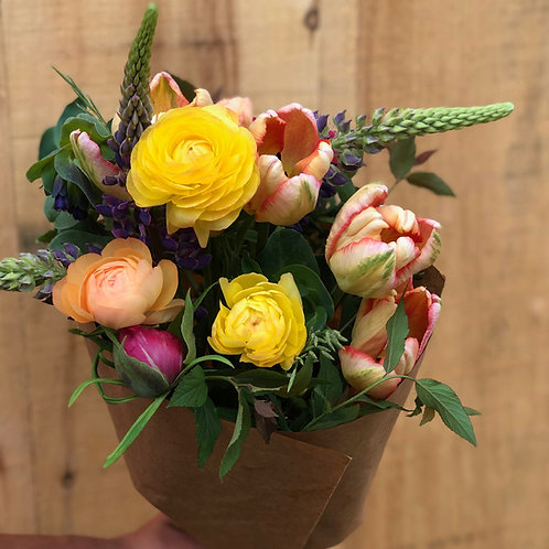 Spring Bouquet share