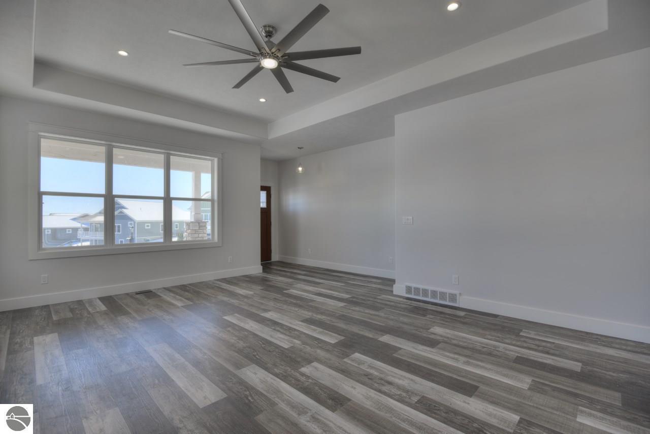 4233 living room 1