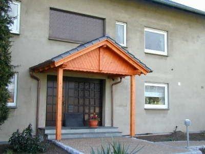 Eingangsüberdachung Satteldach