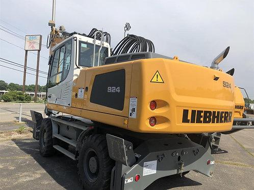 2017 LIEBHERR A924 LITRONIC 92676