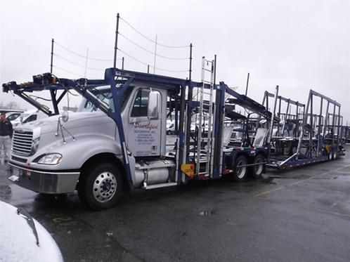 2010 Freightliner® COLUMBIA 120
