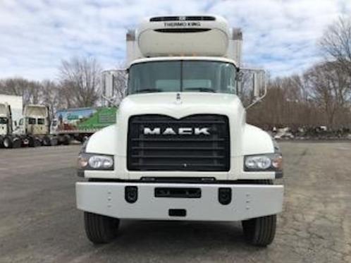 2018 Mack Trucks GRANITE GU433