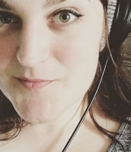 Female british voice actor voiceover artist Hannah Platts midlands Leicestershire characters audiobooks narrator