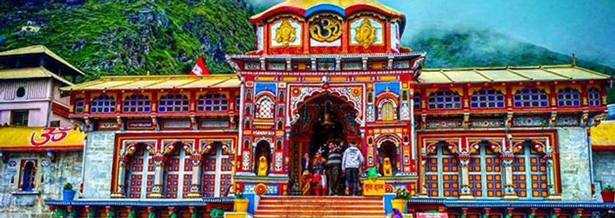 Badrinath-Dham-Yatra-1-min.jpg